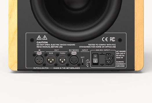 dutch & dutch -speaker-studio-8c-controls