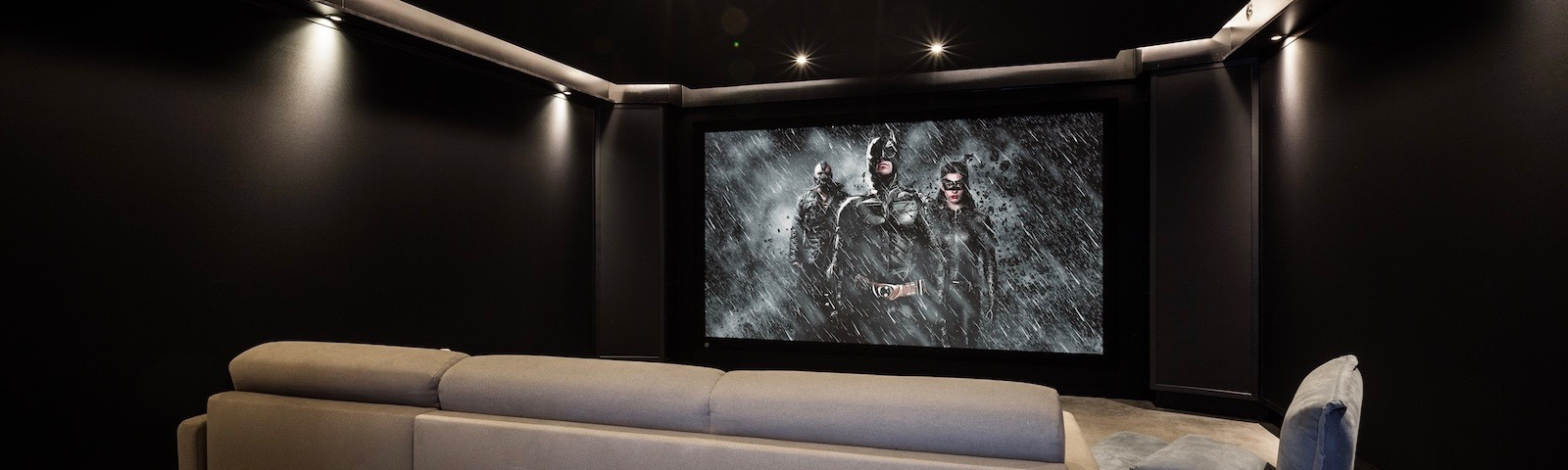 Dark-Knight-cinema-banner